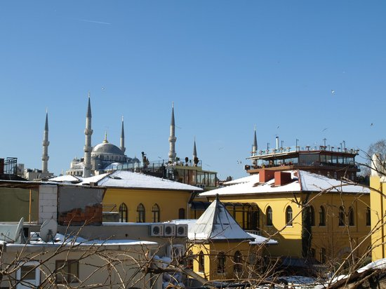 Hotel Empress Zoe:                   view of 4 Seasons and Blue Mosque