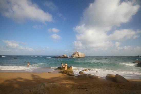 ตะโหนด วิลล่า ฮิลล์:                   Tanote Bay
