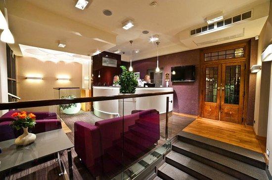 Best Western Plus Ferdynand Hotel : Reception