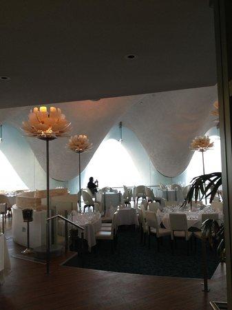 La Concha Resort: A Renaissance Hotel:                   La Perla restaurant