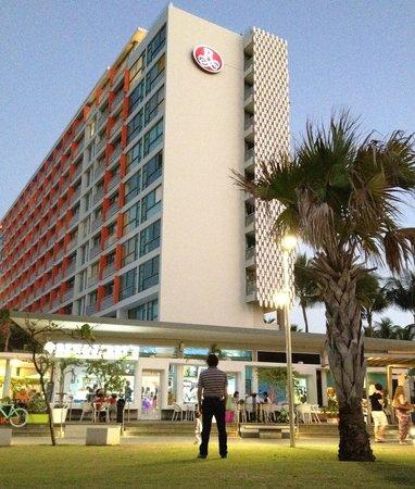La Concha Renaissance San Juan Resort:                   side of hotel (ben & Jerrys)
