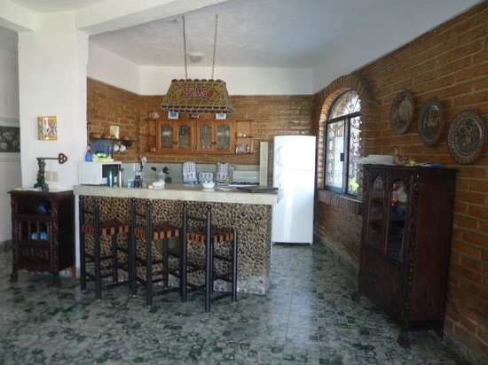 Casa Anita y Corona del Mar:                   Here is the full kitchen area in A2