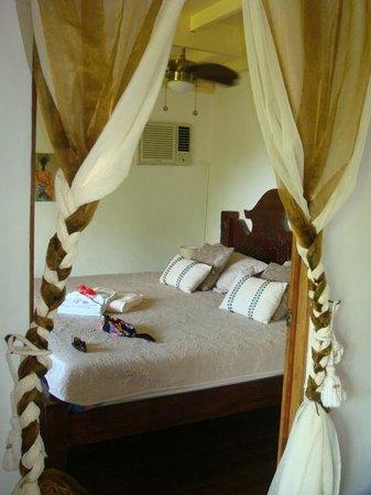 Bambu Guest House :                   chambre