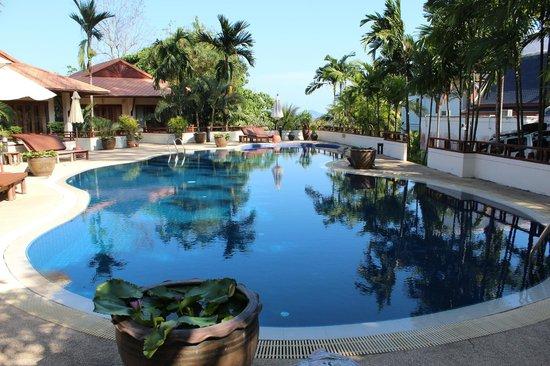 Rising Sun Residence: pool