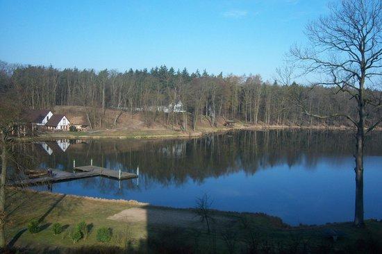Gut Klostermühle: Blick auf den See