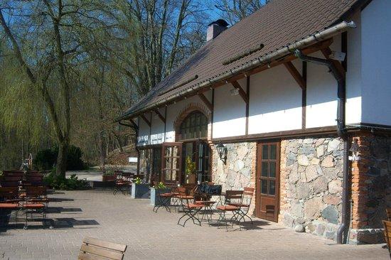 Gut Klostermühle: Restaurant Klosterscheune