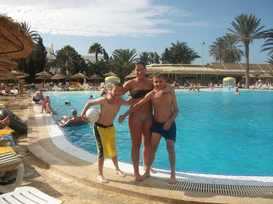Houda Golf and Beach Club:                   next to the big pool at the back of hotel