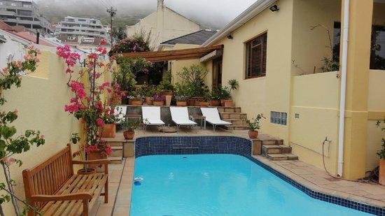 Loloho Lodge:                   Loloho pool