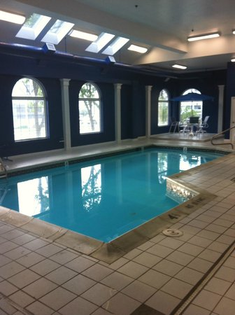 Marylander Hotel Condo:                   Pool Area