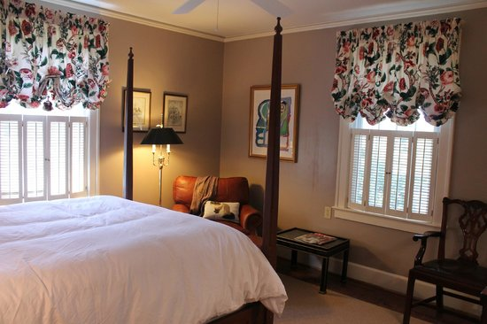 The Manor House :                                     Cochran Suite