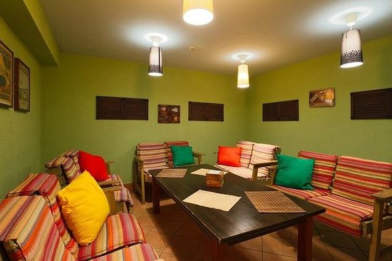 I & I Hostel : Lounge room
