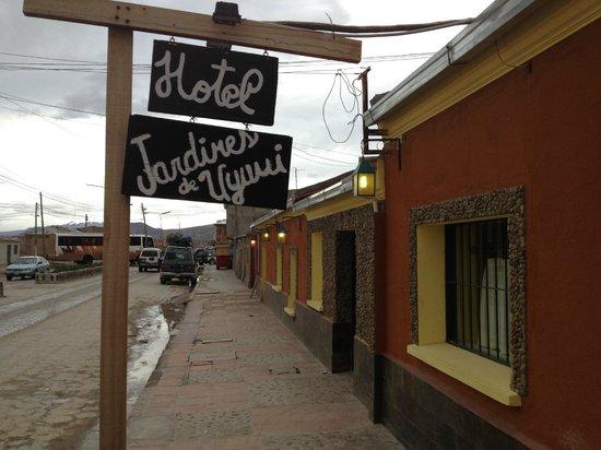 Hotel Jardines de Uyuni: Entrada al Hotel