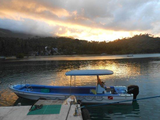 Fishermen's Cove:                                     tramonto