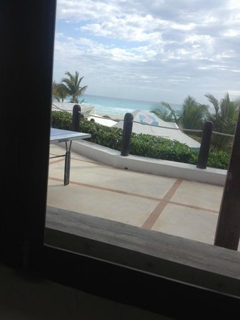 Flamingo Cancun Resort:                                     View from the restaurant