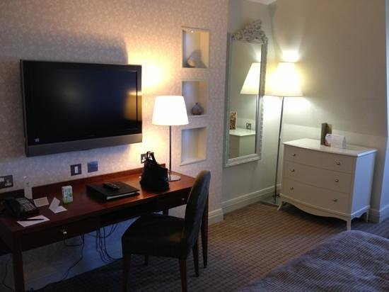 Rookery Hall Hotel & Spa: Room 407