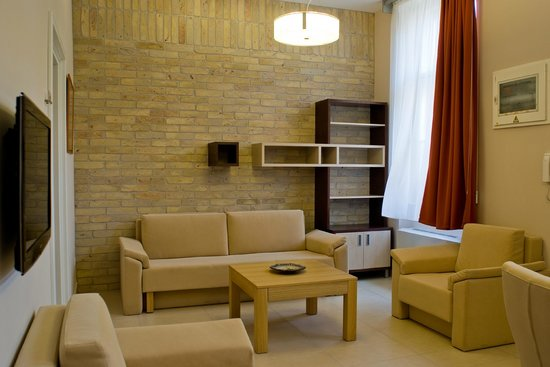 Hotel Soleil Szeged: Standard room's common area