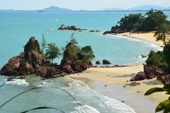 Club Med Cherating Beach:                                     un aperçu idyllique des plage de la piscine zen