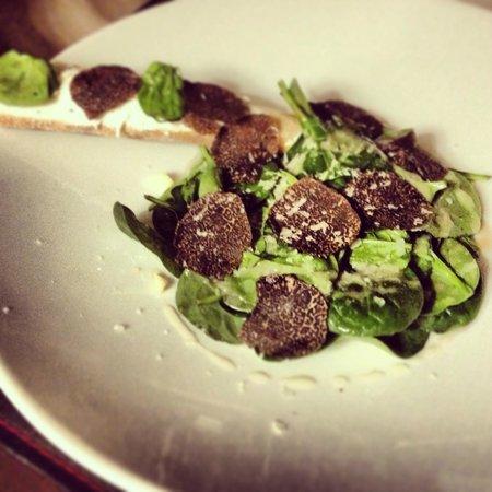 Restaurant Le Beef Lodge:                   Pousses de tetragones aux truffes