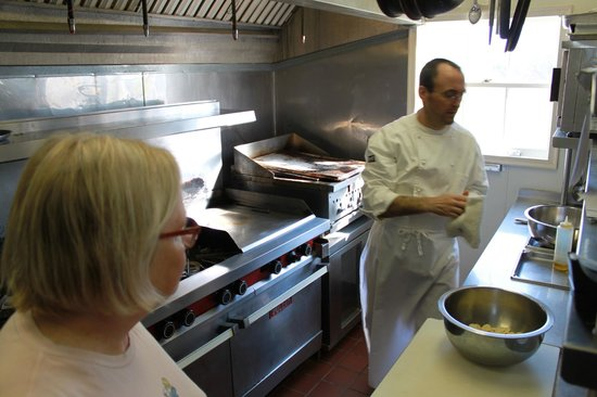 Inn at Warner Hall: Prep with Chef Garcia