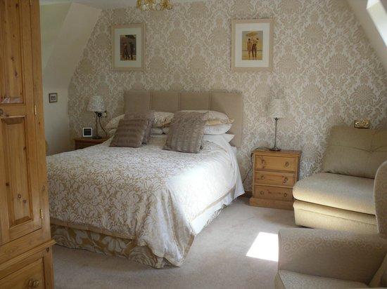 The Chalet Bed & Breakfast: Gold Room - Kingsize Bed