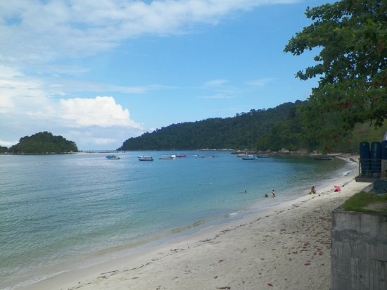 Nipah Bay Villa: beach