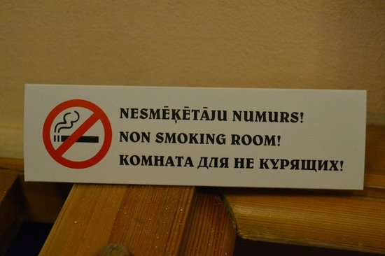 Hotel Man-Tess:                   No smoking allowed!