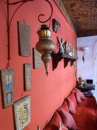 Riad La Terrasse des Oliviers:                   Communal area