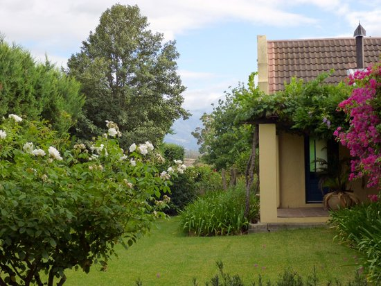 Villa Tarentaal:                   Gartenblick, Fish Eagle Cottage