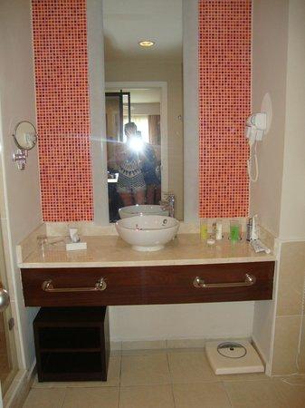 Hotel Playa Cayo Santa Maria: Salle de bain