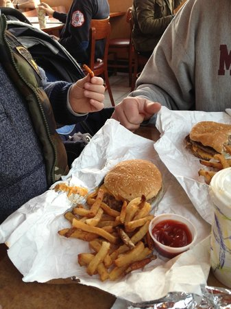 The Pit Stop: Burgers and fries