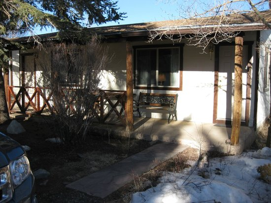 Laguna Vista Lodge:                   Outside porch of cabin
