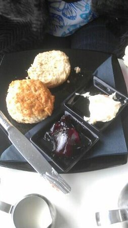 The View Cafe: yummy cream tea