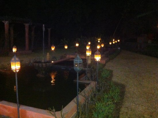 Domaine de la Roseraie:                   Nighttime decorations