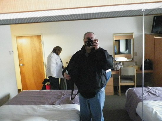 Microtel Inn & Suites by Wyndham Plattsburgh: A reflection of us in the wall mirror.
