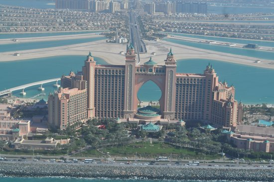 Atlantis, The Palm:                   a view from the helicopter