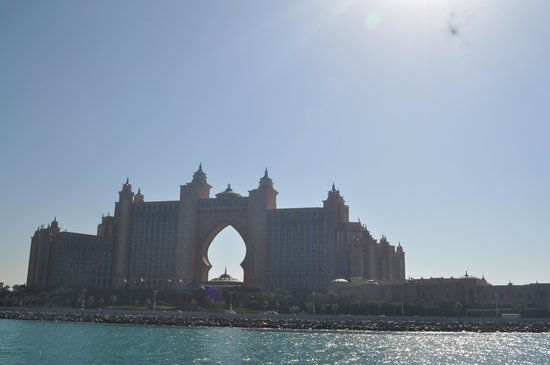 Atlantis, The Palm:                   a view from the yatch