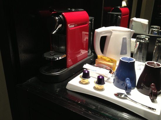 Park Inn by Radisson Al Khobar: Coffee make