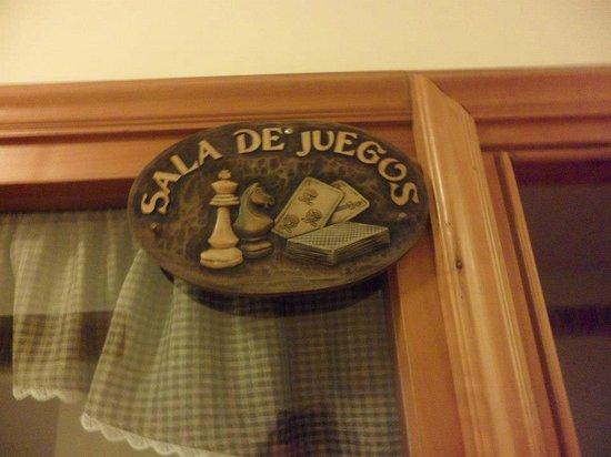 Hotel Villa Huinid Bustillo:                   Sala para juegos