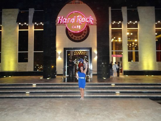 Coral Sea Aqua Club Resort:                   hard rock cafe