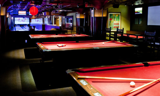 Gentil Jillianu0027s Boston   Lucky Strike Lanes   Lounge: 35 Pool Tables