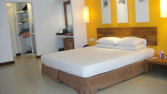 Adaaran Select Hudhuranfushi: Beach Villa