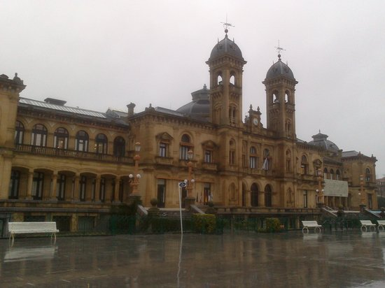 Ayuntamiento (City Hall)