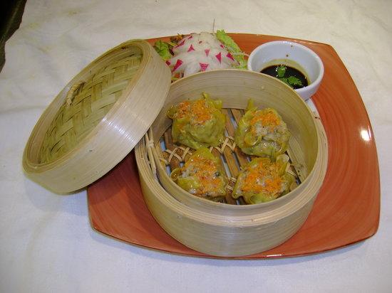 Thai Garden : kanom jeab (steamed wan ton)