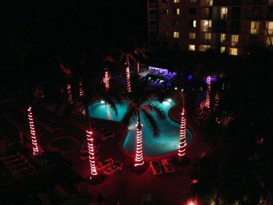 Palm Beach Shores Resort & Vacation Villas:                   cool vibe at nite