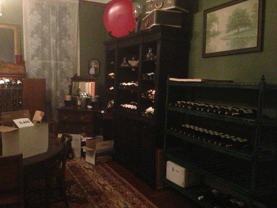 St. Francisville Inn:                   Weinzimmer