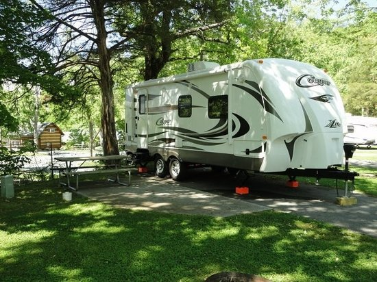 Foothills RV Park & Cabins : Plenty of Room to Relax