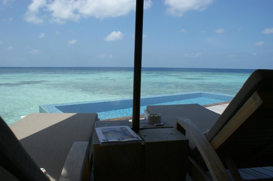 The Residence Maldives:                                     le lagon vu de la chambre