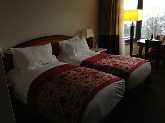 Sofitel Budapest Chain Bridge: The very comfortable beds in room 522