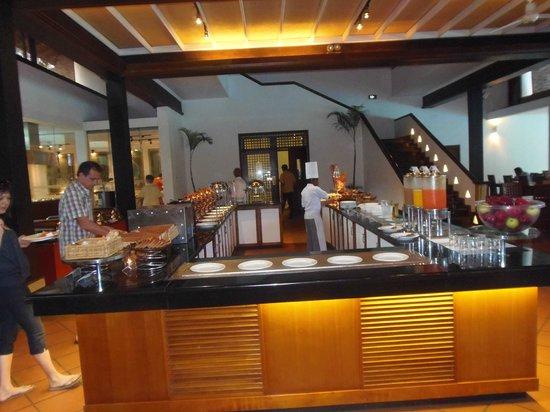 Cinnamon Lodge Habarana:                   Le buffeet! Beaucoup de choix