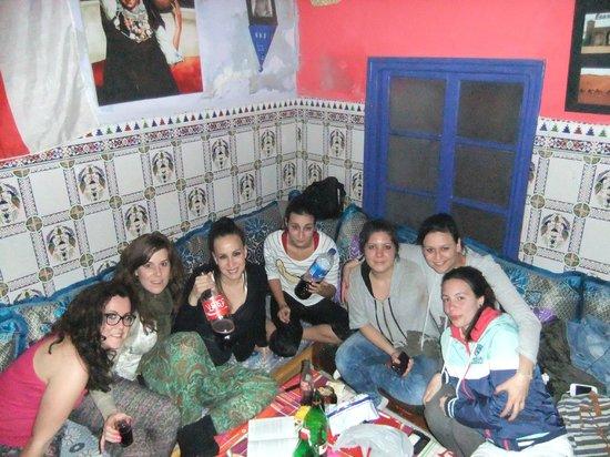 Hostel Waka Waka, Marrakech :                   todas juntas